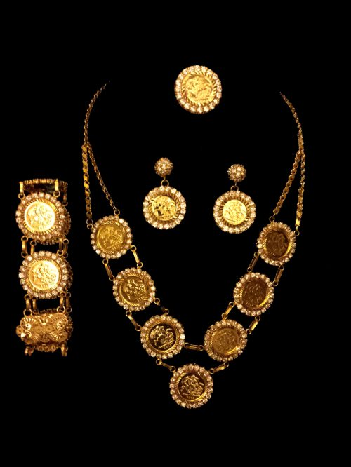 yellow gold necklace set alquds jewelry
