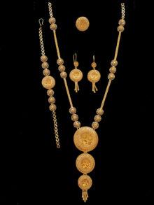 21k necklace set (2002)