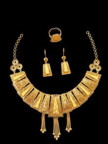 21k necklace set 3250